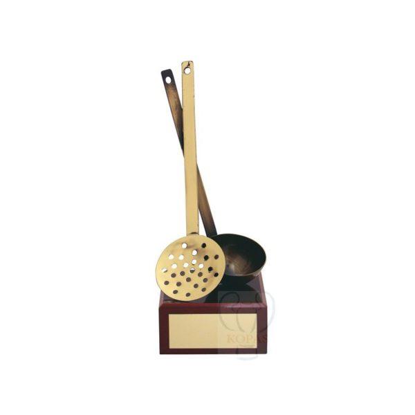 Trofeo de cocina cazo espumadera
