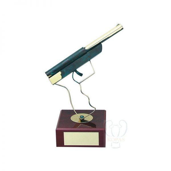 Trofeos de tiro con pistola